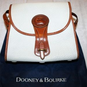 Dooney & Bourke Vintage Medium White Essex Bag